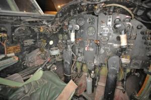 Mosquitoens cockpit. I seter som det vi ser i nedre venstre hjørne, har Torgny tilbragt utallige timer med å finpusse elektronikken