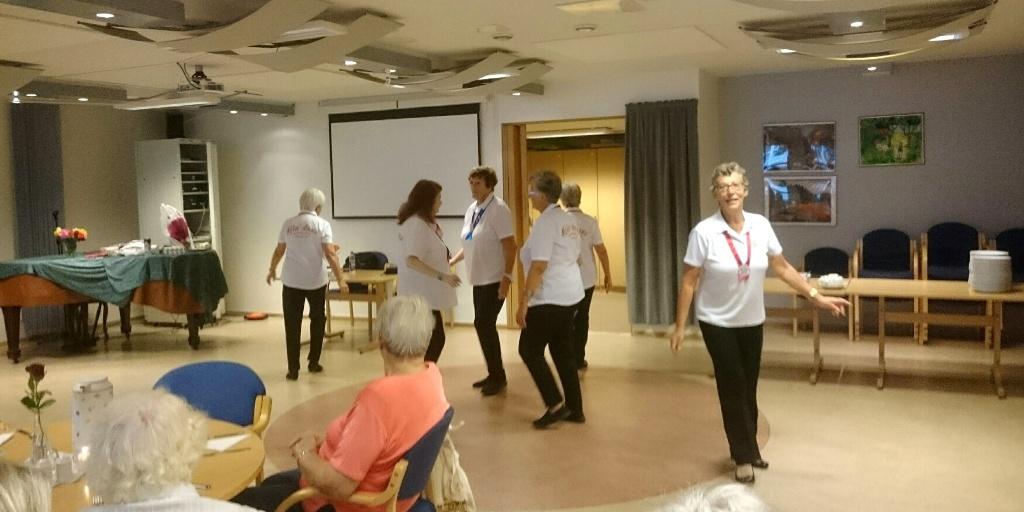 Seniordanserne på medlemsmøte 27. september 2016