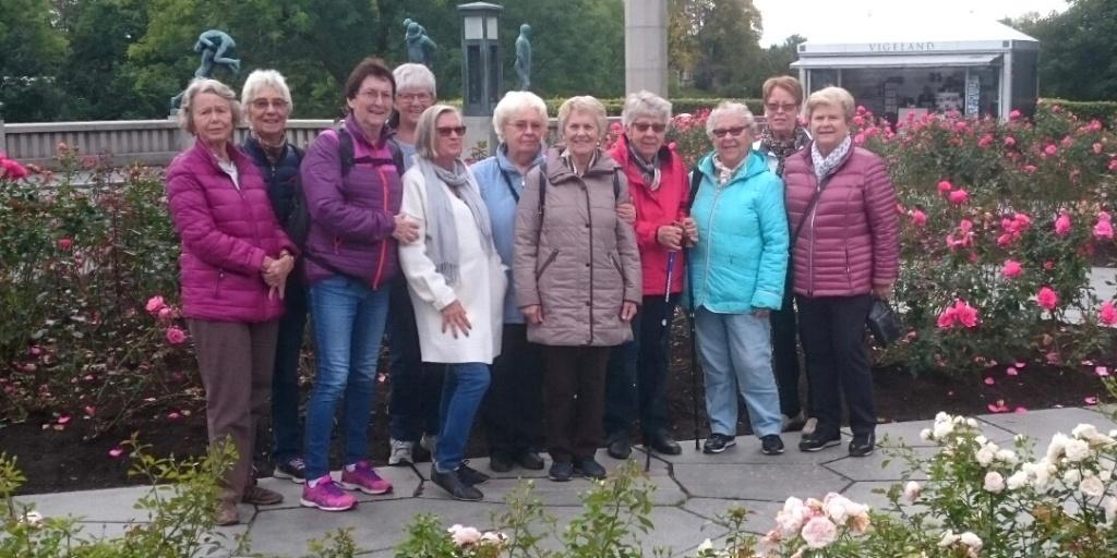 Pensjonister på kulturvandring