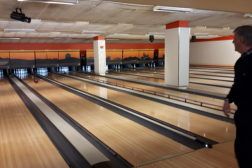 Bli med på bowling
