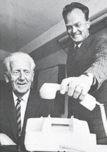 Avtroppende (Wilfred Eigeland) og påtroppende distriktsdirektør