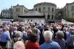 Pensjonistene demonstrerer